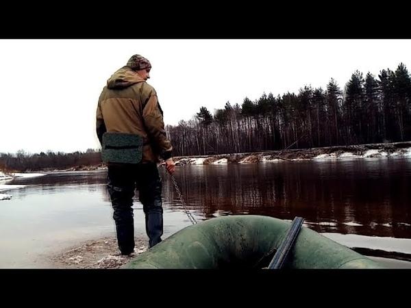 В тайгу за чагой Лесной промысел Унжа в предзимье Скоро ледостав Брусника под снегом