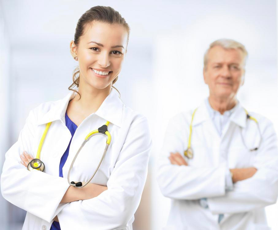 Главный врач должен иметь опыт управления другими.