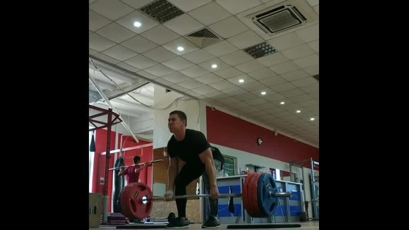 Deadlift 210 kg × 4 / 41 years / 82,5 kg / no doping