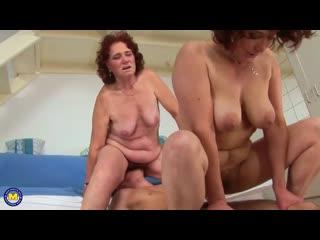 Чаепитие бабушек закончилось еблей их волосатых пиздищ. granny mature women saggy tits hardcore hairy pussy fuck young boy cock