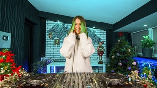 Miss Monique - MiMo Weekly Podcast 024 [Progressive House/ Melodic Techno DJ Mix] 4K