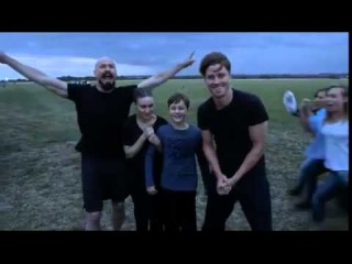 Hugh Jackman, Rooney Mara and the Pan cast in the epic Ice Bucket Challenge video
