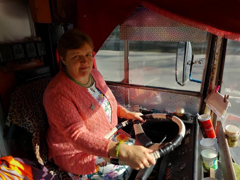 Татьяна Березицкая: «В тайне от родителей я выучилась на водителя троллейбуса», изображение №2