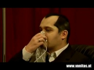Vanitas - Endlosschleife (Official Video)