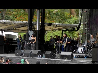 Phantogram - Mouthful of Diamonds (Live at Outside Lands, San Francisco, )