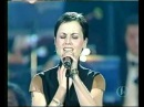 Dolores O´Riordan Analyse Live Vaticano 2001 ¡Merry Christmas And Happy New Year
