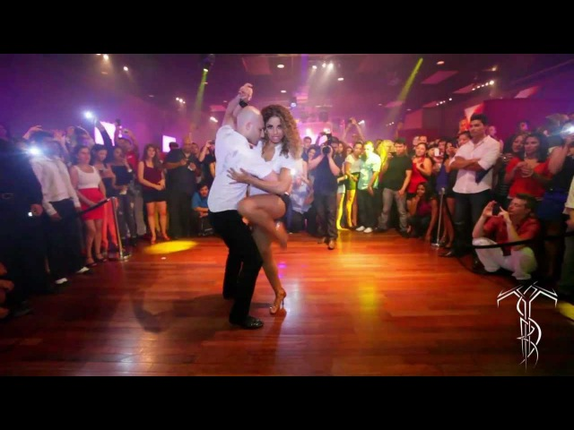 ATACA LA ALEMANA Bachata Dance Performance 40 MILLION VIEW PARTY At THE SALSA ROOM
