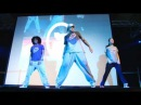 LARZ, vel viv rocking britney remix circus @ the solid sound convention 2009
