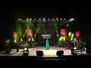 Jaadu Hai Nasha Hai by Shreya Ghoshal live at Sony Project Resound Concert