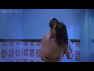 Sunny leone hot kissing scene in bathroom ragini mms 2