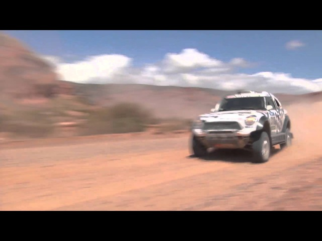 Dakar 2016; hitting trees and juming dunes at P17 for Tim Coronel, special stage 9