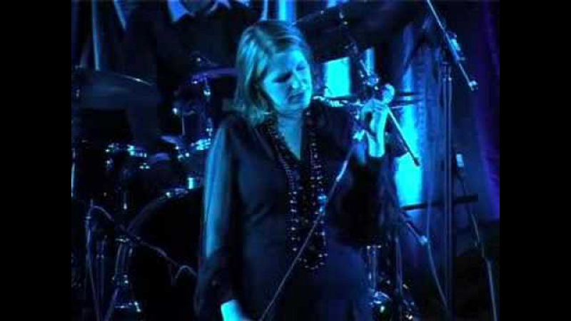 Clare Teal Paradisi Carousel Live
