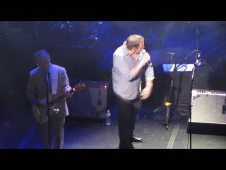 Brian Wilson (w/Al Jardine) - Don't Worry Baby