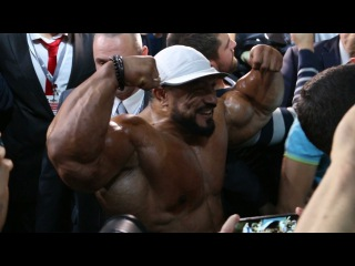 IFBB Pro Рулли Винклаар. Гостевое позирование на Любительской Олимпии 2016 в Москве