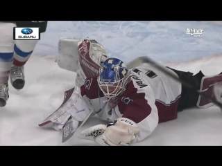 Semyon Varlamov flashes the leather on Pominville 12-20-16