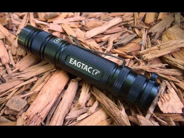 Ни разу не EDC фонарь EagleTac D25LC2 Clicky.