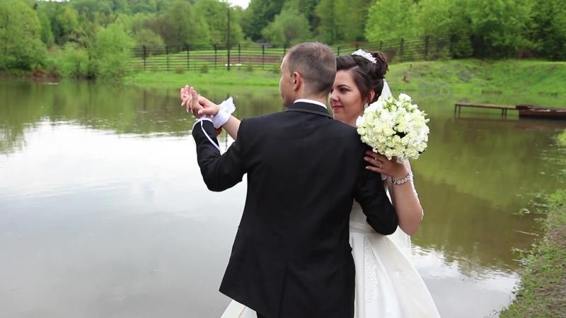 Весілля Михайло Марія. Переключайте якість у плеєрі з автоматичної 360р на 720р або 1080р