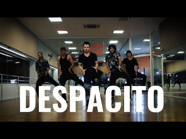 DESPACITO Luis Fonsi ft Justin Bieber Dance by Ricardo Walker's Crew