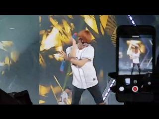 FANCAM 170402 EXO's Baekhyun @ EXO'rDIUM in Singapore