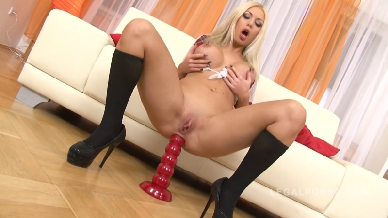 [Legal ASS]Isabella Clark fisting dildos up her ass ANAL 720p