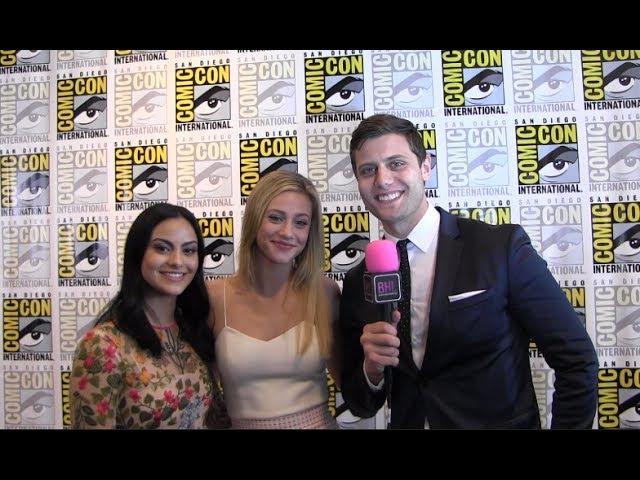 2017: Интервью Лили и Камилы Мендес в рамках фестиваля «Comic-Con»