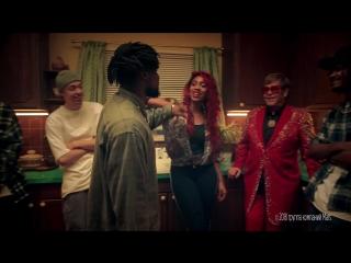 Snickers® rap battle (bad handshake)