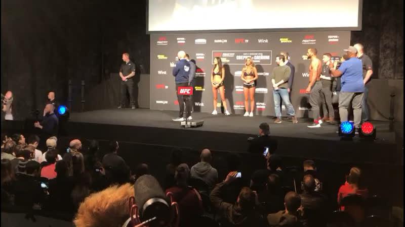 UFC Взвешивание Иван Штырков vs Дэвин Кларк