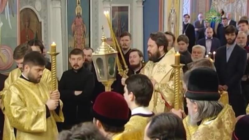 На патриаршем Черниговском подворье в Москве была совершена литургия по дореформ