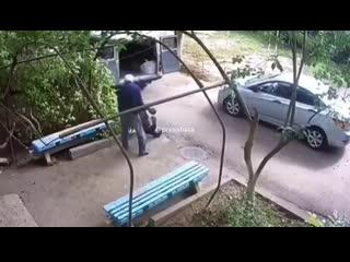 СРОЧНЫЕ НОВОСТИ! Скорая оставила человека на улице