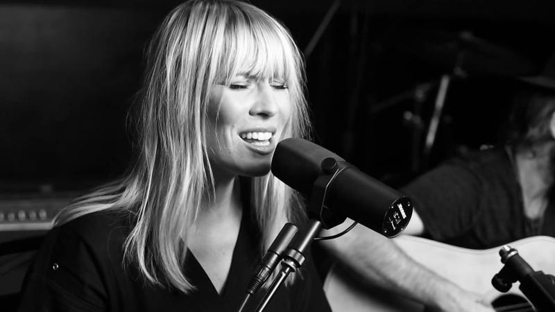 Natasha Bedingfield - Kick It (Acoustic Live)