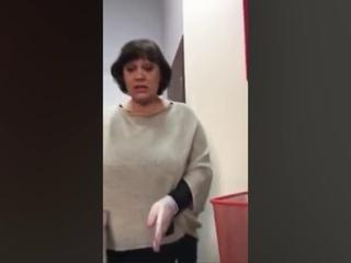 Красноярские активисты отправляют посылки с мусором депутатам Госдумы и сенаторам