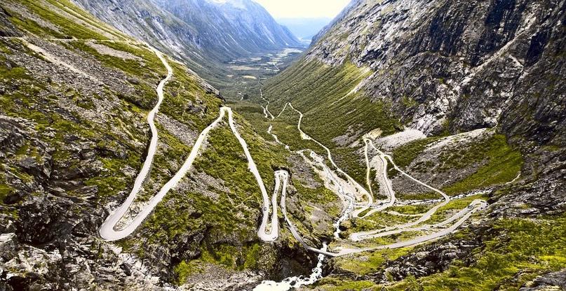 Названы самые красивые и необычные автомобильные маршруты, изображение №3