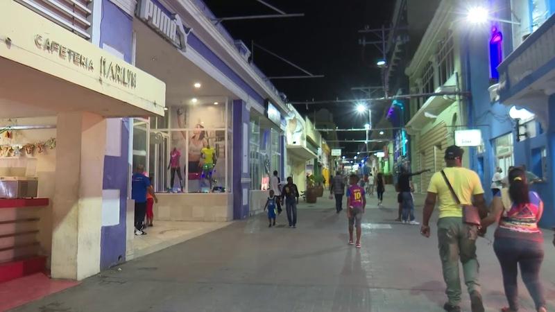 Santiago de Cuba la ciudad de las luces, que alumbra el alma de sus transeúntes