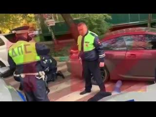 Гонка московской полиции за мажоромСын вице-президента МТС заставил сотрудников ДПС попотеть и погоняться за ним по улицам сто