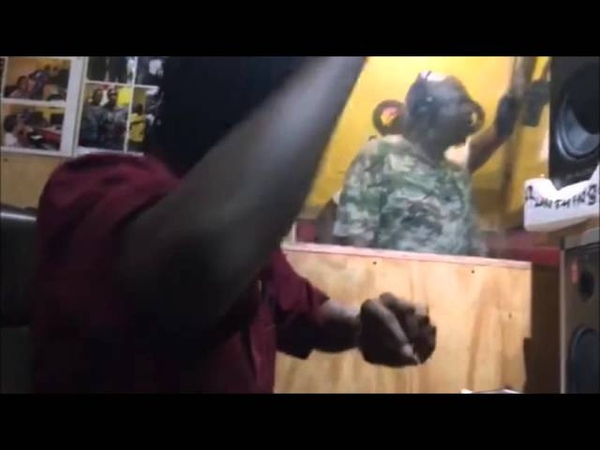 Chaka Demus Pliers voicing Murder dem sound Dub for Run Things Intl Wayne Lonesome Sound