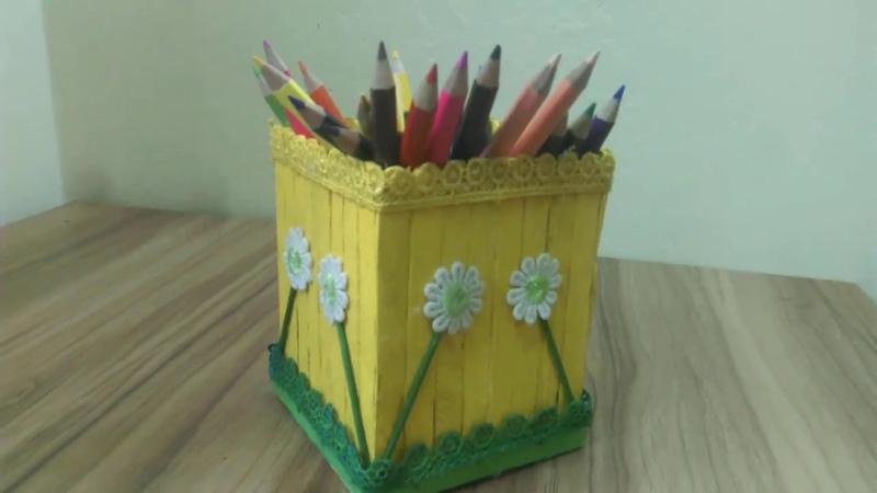 Pen holder With icecream sticks