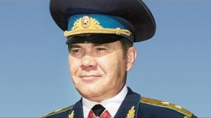 генерал А Лебедь про события в Баку 1991года