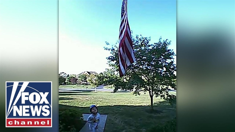 Doorbell camera captures 5 year old reciting Pledge of Allegiance🇺🇸