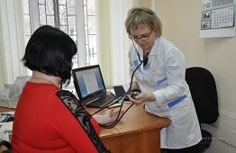 Одни из самых высоких зарплат в Черноземье получают липецкие медики