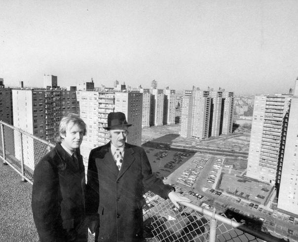 Американский предприниматель-застройщик Фред Трамп с сыном Дональдом (1970 год)