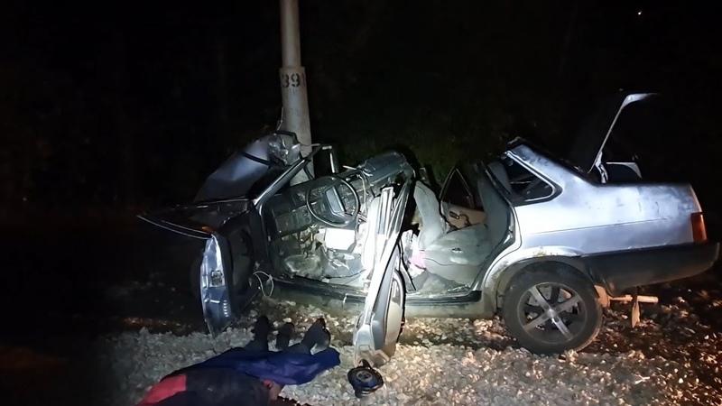 Лишенный прав водитель погиб в страшной аварии в Уфе и погубил молодую девушку