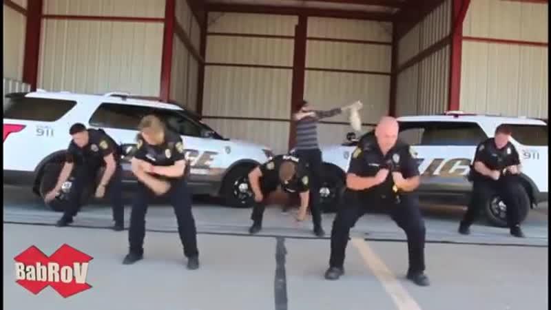 MO DO Eins Zwei Polizei MCM Rinat RMX mp4