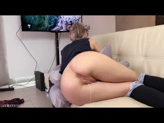 Step sister gets a creampie and facial while playing a game eva elfie