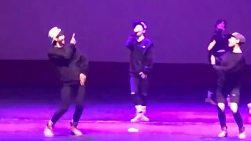Предебютное видео Хёнджуна дэнс кавер на Growl EXO