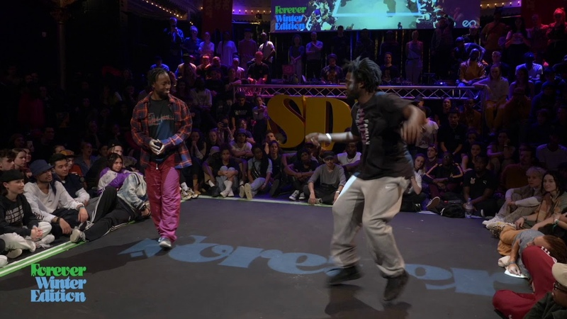 Hassani le Couvreur vs Jo L 1st ROUND BATTLE House Dance Forever Forever Winter Edition 2020