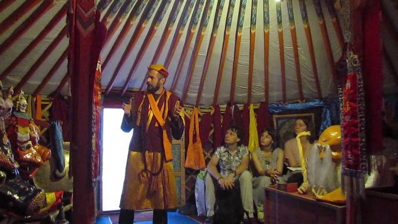 Будда оставил жену и сына в поисках истины Куксин К