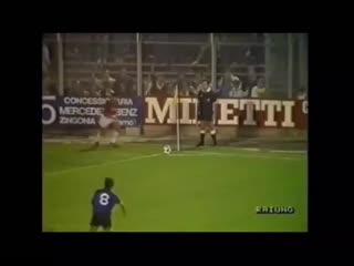 г., Карло Анчелотти пушечным выстрелом добывает выездную победу в Бергамо для Милана. Аталанта 0:1 Милан.