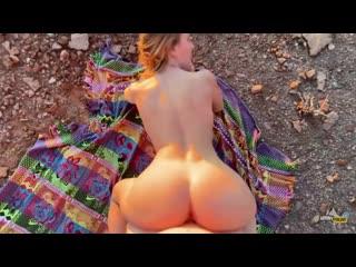 Adventure porn couple has amazing public sex horny hiking creampie pov