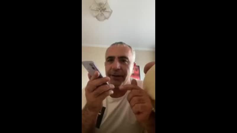 создал паблик и постит видео как звонит на номер 545454545454545454