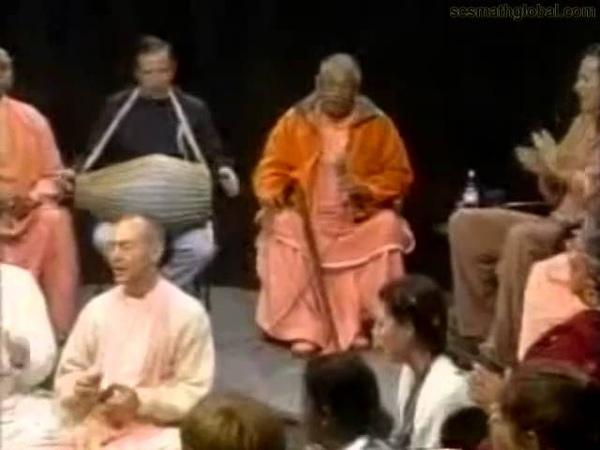 Srila Govinda Maharaja Kirtan in Santa Cruz 11 24 00